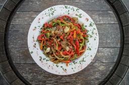 Salteado de verduras con carne